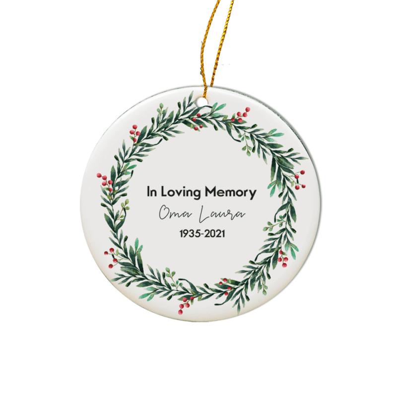 personalisiertes Weihnachtsornament Fuchs, Baumschmuck Weihnachten, personalisierte Geschenkidee Familie, Familiengeschenk Weihnachten, Weihnachtskugel mit Name, Weihnachtskugeln mit Name, Weihnachtskugel personalisiert, Geschenkidee Kinder, Geschenkidee Familie, Weihnachtskugel mit Name Österreich, Weihnachts Ornament Keramik, Weihnachtsschmuck Keramik, Baumbehang Reh, personalisierte Geschenkidee Weihnachten, In Loving Memory, Andenken, In Loving Memory Geschenk, Erinnerung an Oma, Erinnerung an Opa